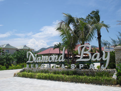 diamond-bay