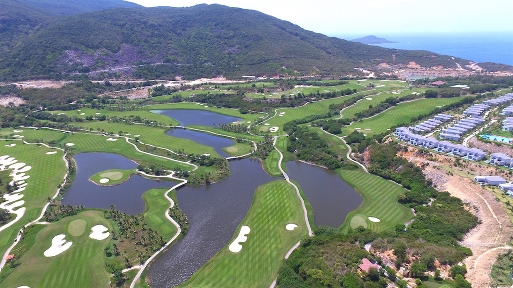 tien do du an Vinpearl Golf Land Nha Trang Resort